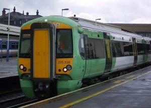 Едем из Гатвика в Лондон на поезде