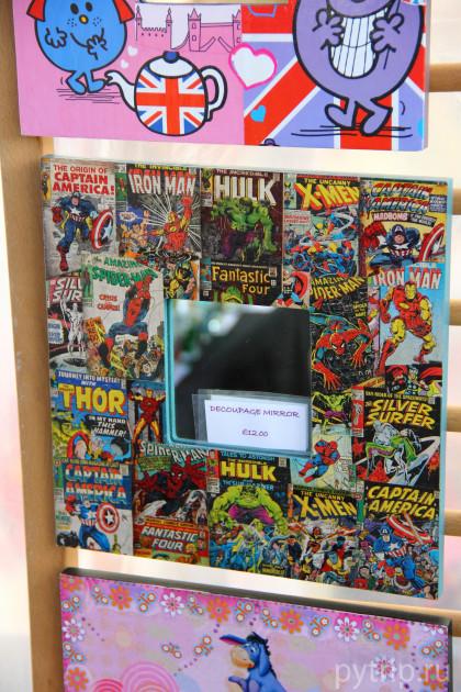 У людей хорошая фантазия. Вот, например, зеркало с супергероями.
