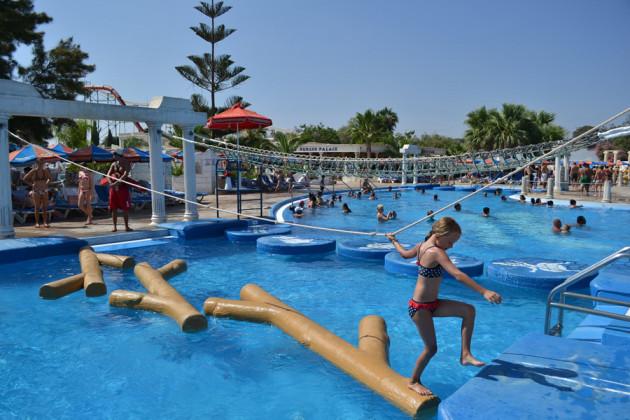 детский городок аквапарк кипр