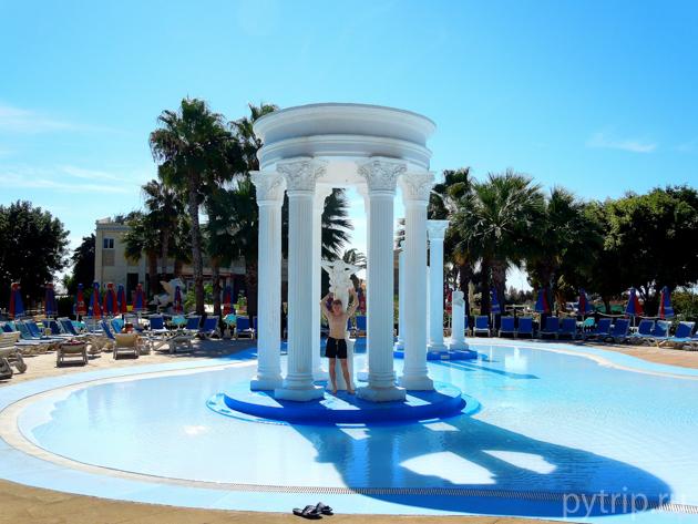 бассейн аквапарк waterworld