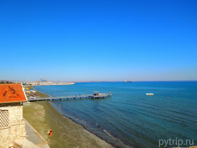 Ларнака море
