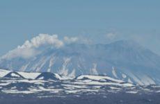 На Камчатке 4 вулкана проявляют активность. Жупановский вулкан