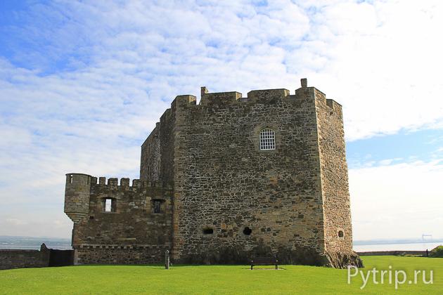 Замок Блекнесс фото