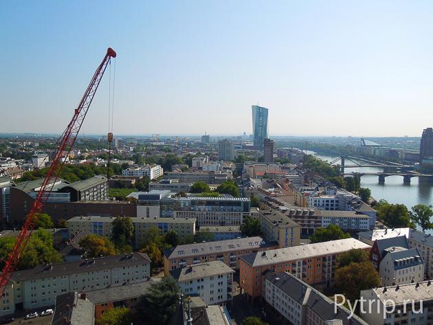 Смотровая башня во Франкфурте