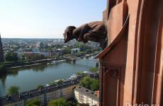 Башня Собора Святого Варфоломея (Dom tower) во Франкфурте