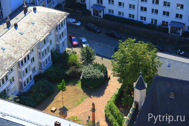 Вид на Франкфурт на Майне с башни