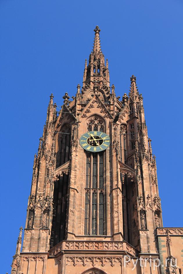 Башня собора Dom