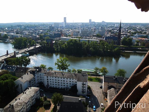 Башня Варфоломея во Франкфурте