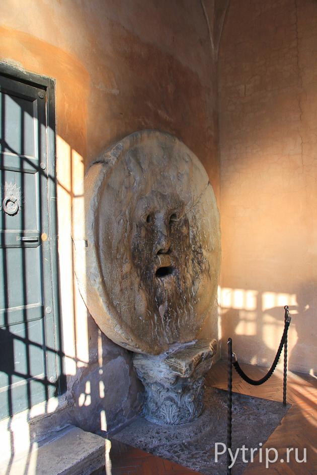 Уста Истины в Риме