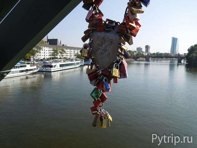 Железный мост Франкфурта
