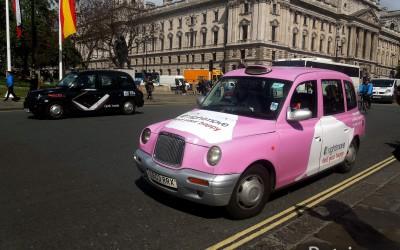 Знаменитые черные кэбы (Black Cab) — такси в Лондоне