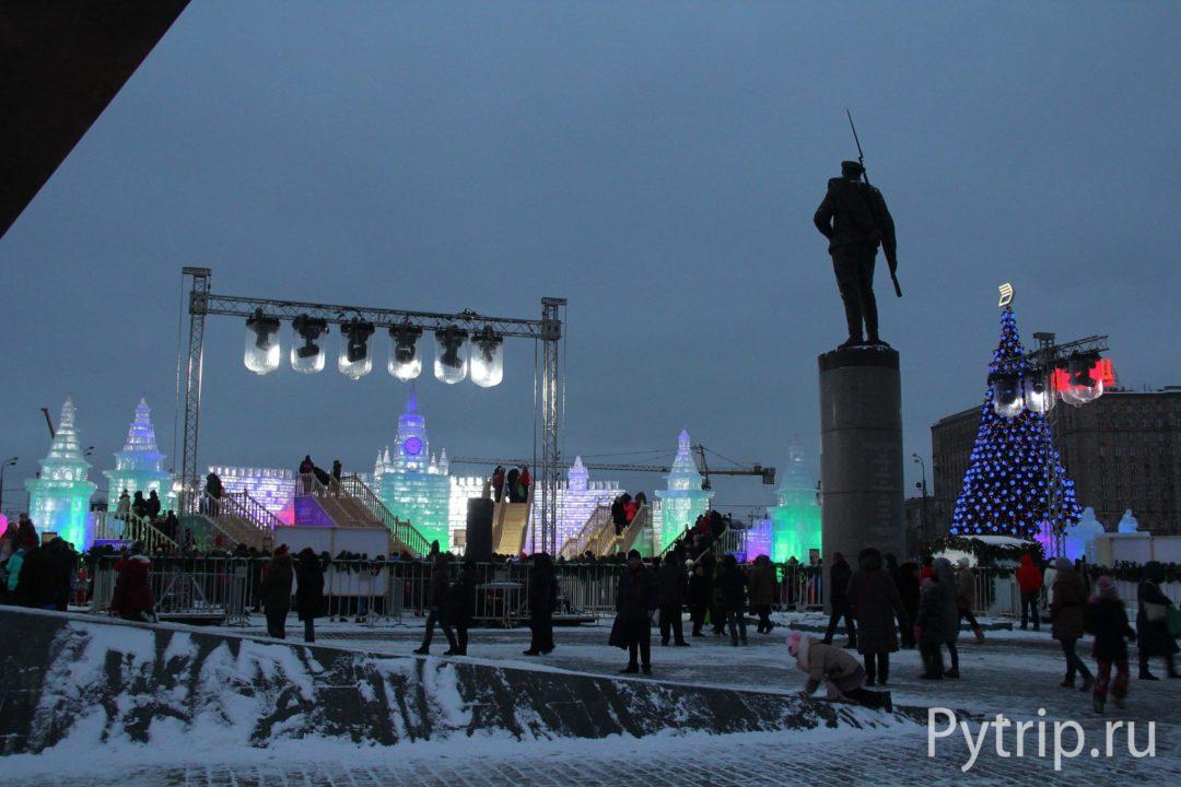 Ледяная Москва со стороны