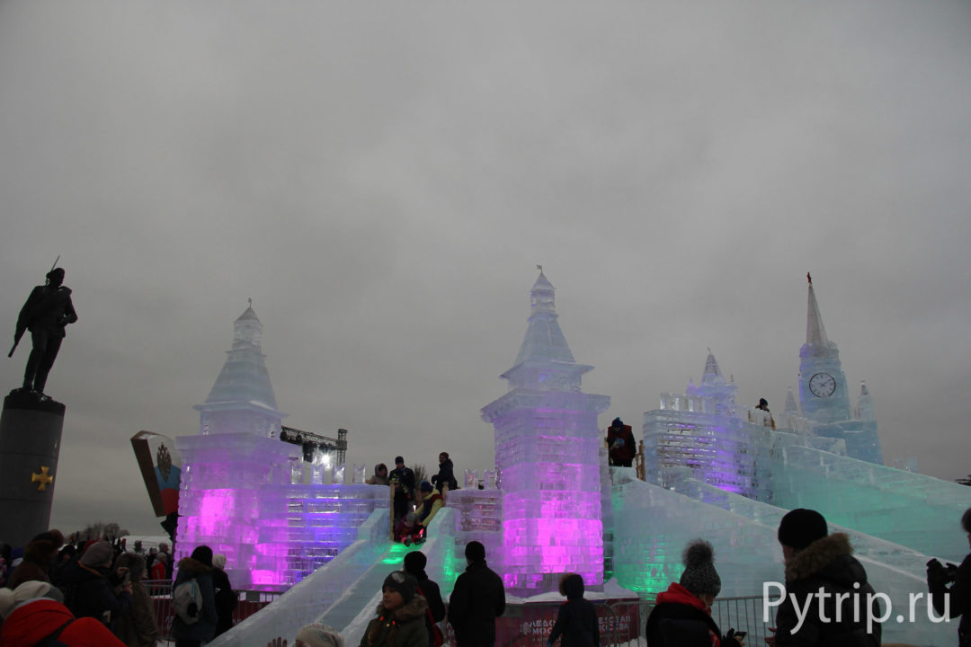 Ледяные скульптуры в Москве 2017 год