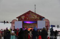Выставка ледяных скульптур «В кругу семьи» на Поклонной горе в 2018 году
